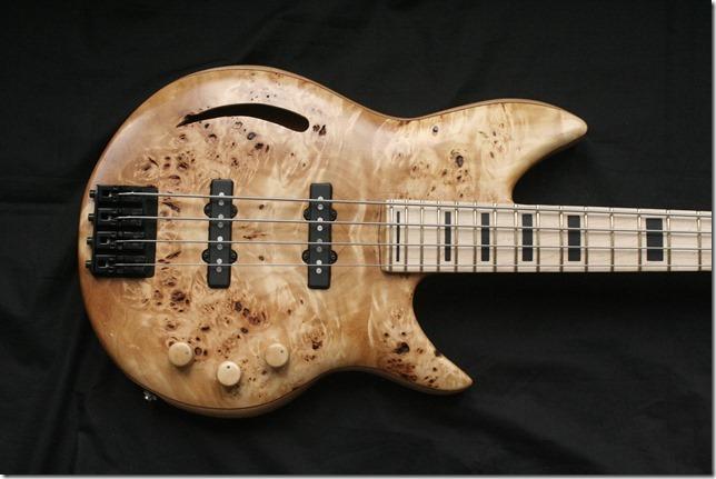 AJR Guitarmods Swift Lite Bass Body 1