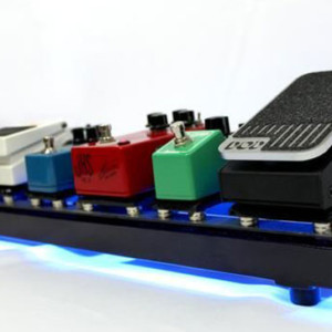 Rare Earth Music Introduces Magnetically-Powered Pedal Board