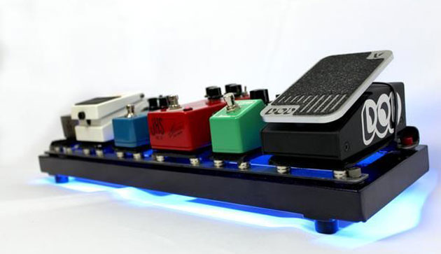 Rare Earth Music Earthboard Magnetically-Powered Pedal Board