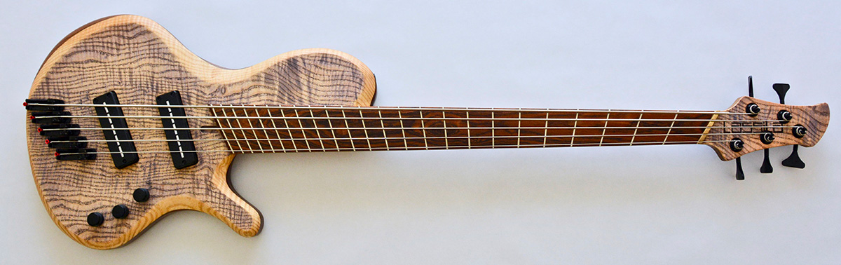 Lassila Guitars Antipode Single Cut Fan Fret Bass