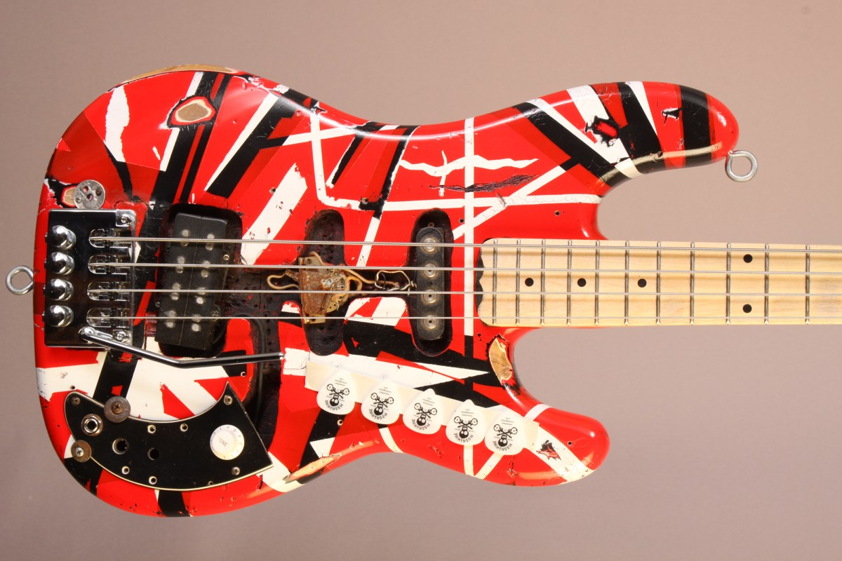 Bass Of The Week Moonshine Custom Guitars Evh Tribute Bass No Treble