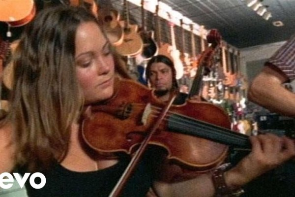 Nickel Creek with Robert Trujillo: Smoothie Song