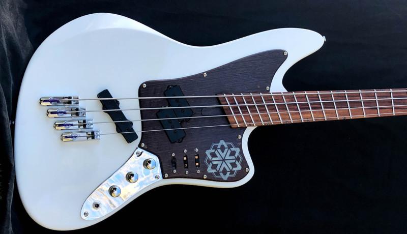 Bass of the Week: Tangente Instrumentos Zen Bass