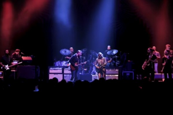 Tedeschi Trucks Band: High & Mighty (Tokyo Travelogue)