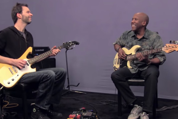 Nathan East and Paul Gilbert: Blues Jam