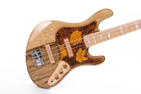 Bass of the Week: Frederiek de Vette Vintage-Style Bass