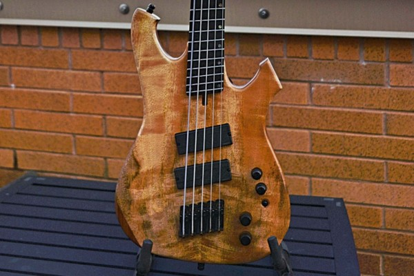 Bass of the Week: Geist Custom Instruments Phantom BF5