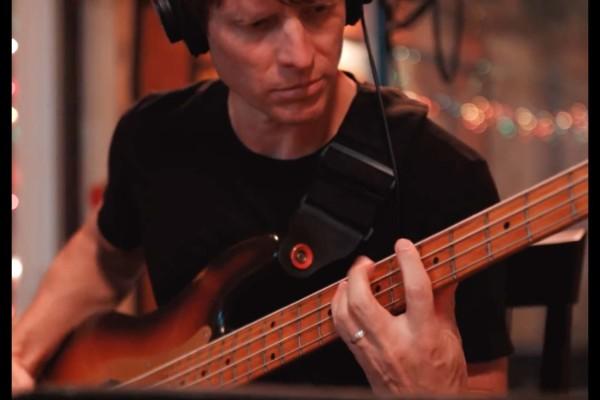 Joe Satriani: Nineteen Eighty