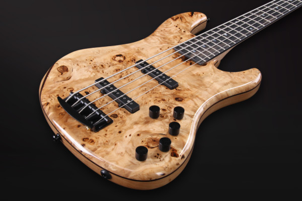 Bass of the Week: AV Basses AVJM5