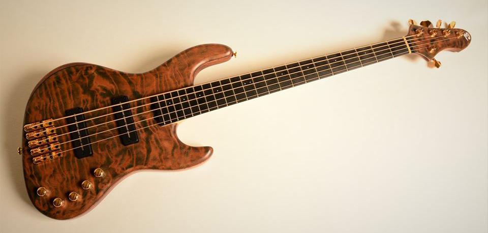 Lairat Basses Myra Bass 5