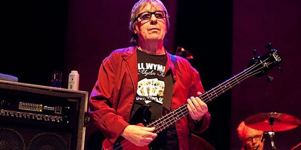 "Bill Wyman Auctions ""Steel Wheels"" Bass Rig For Charity"