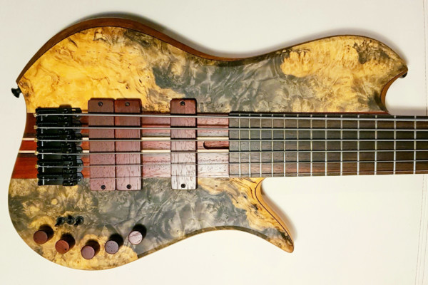 Bass of the Week: Wreck Guitars Hope 6