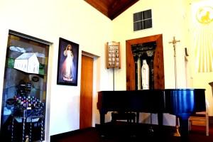 piano in church