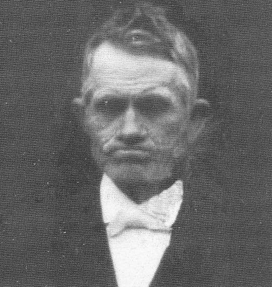 Kristian Olgersen - i finstas under innvielsen av Tinghaug 1922.