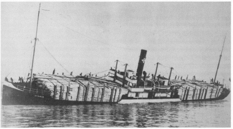 Høy dekkslast kunne føre til store stabiliseringsproblemer på «Falco» som på denne båten. (Gøthesen: Sjømannsliv)