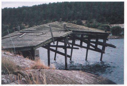 Brygge i Jensesund. Tilhørte Vestre Rønningen. Foto: Fritz Kristiansen.
