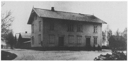 «Nøterø Forbrugsforening» på Borgheim var i skattelisten oppført under «Landhandlere». Fotoet er fra 1892-1894.