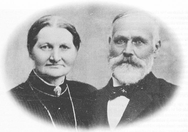 Ragnhild Paulsens foreldre, Anne Helvig og Hans Johannessen. (Foto Helge Paulsen)
