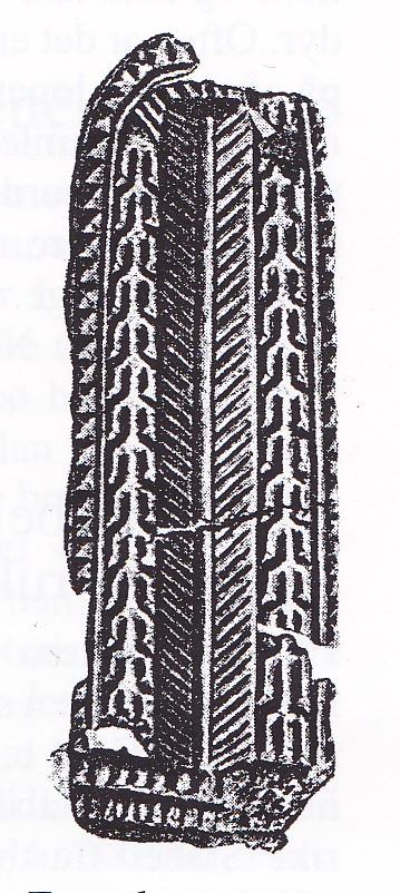 Forgylt spenne av bronse fra vikingtiden, funnet ved utgraving av liten gravhaug på Gipø ca. 1880. (Lorens Berg.)
