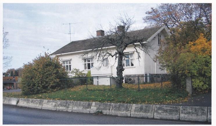 Føynland skole fra 1877 er den eldste bevarte skolebygning på Nøtterøy. Her blir det kanskje skolemuseum for bygden. I 2006 er det 150 år siden skolerevolusjonen på Nøtterøy, da vi fikk våre fire første fastskoler — Herstad, Bergan, Skjerve og Torød. (Foto: Svein Hermansen).
