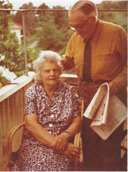 Johannes og Margrete Aanderaa i august 1973. (Foto utlånt av Stein Aanderaa)
