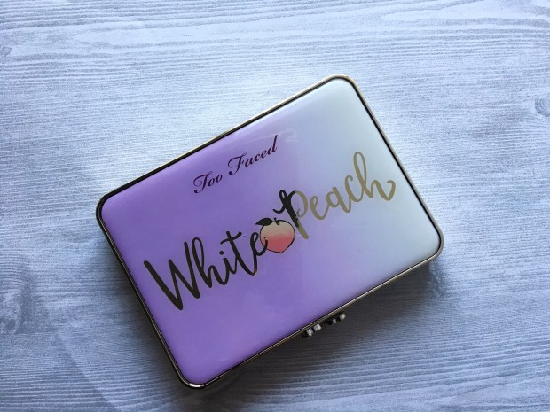 white peach palette closed