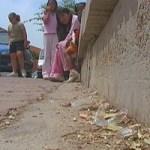 El passatge del CEIP Antaviana continua oblidat pels serveis de neteja