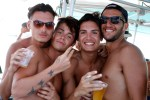 Imatge d'un party boat a Formentera. Foto: Mila Garo.
