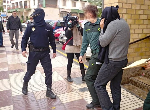 Guardia Civil y Policía Nacional, en la puerta de los juzgados de Eivissa