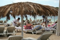 Un beach club en Ibiza