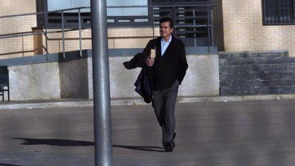 Jaume Matas saliendo de la cárcel