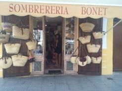 La Sombrereria Bonet es uno de los establecimientos galardonados.