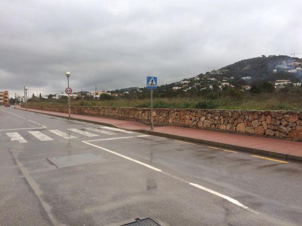 Terrenos donde se ubicaría el nuevo centro hospitalario privado