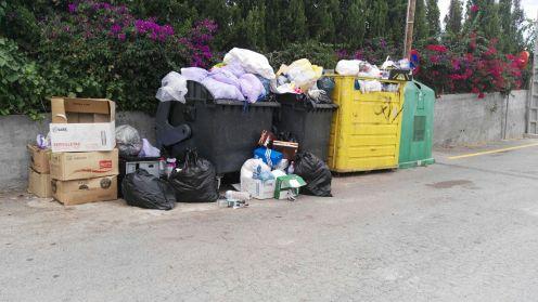 Imagen enviada por el PP de Sant Antoni para denunciar la falta de limpieza.