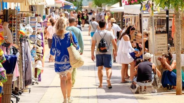 Una zona comercial a Formentera