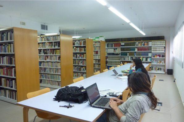 Biblioteca Marià Villangómez de Formentera.