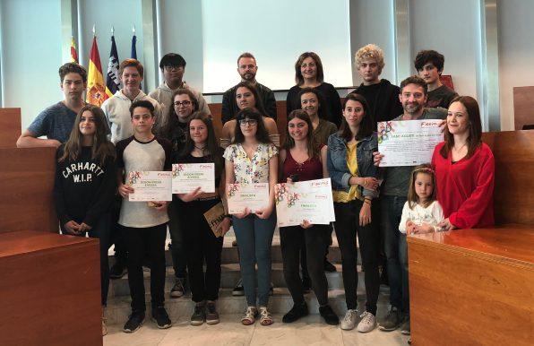 Premiados en el concurso literario Ficcions.