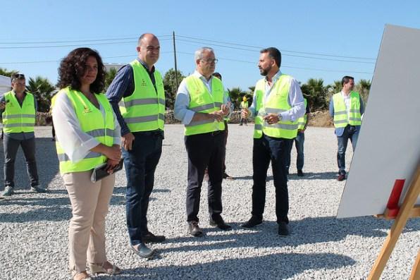 Pepa Marí, Vicent Marí, Vicent Torres, en la presentación de las obras de la carretera de Ca na Negreta.