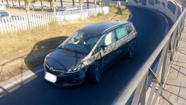 Accidente en la rotonda de Sant Antoni, acceso a Vila.