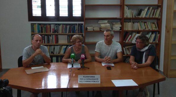 Presentación de la Plataforma per a la catalogació dels camins públics d'Eivissa, en la sede del IEE.