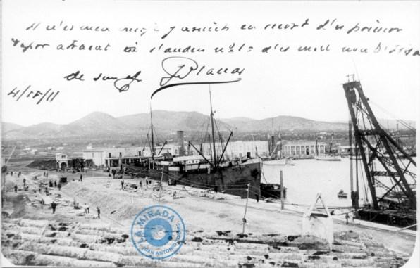 Port amb el primer vaixel atracat 1911-Col. Vicent Fornàs