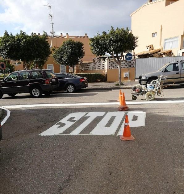 Sant Jordi Stop