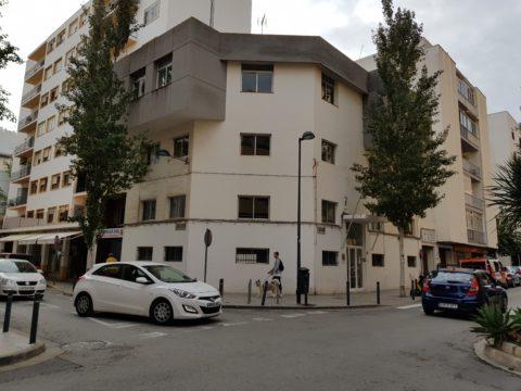 Antigua sede de la Policía Local de Vila, donde se pretende construir el albergue.