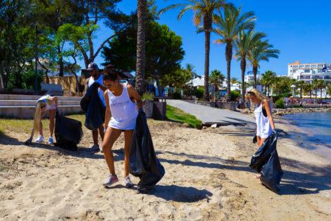 Jornada de limpieza de O Beach