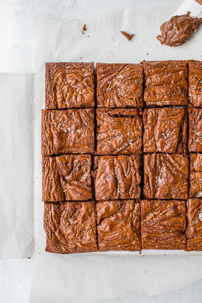 A cut pan of sea salt Nutella brownies.