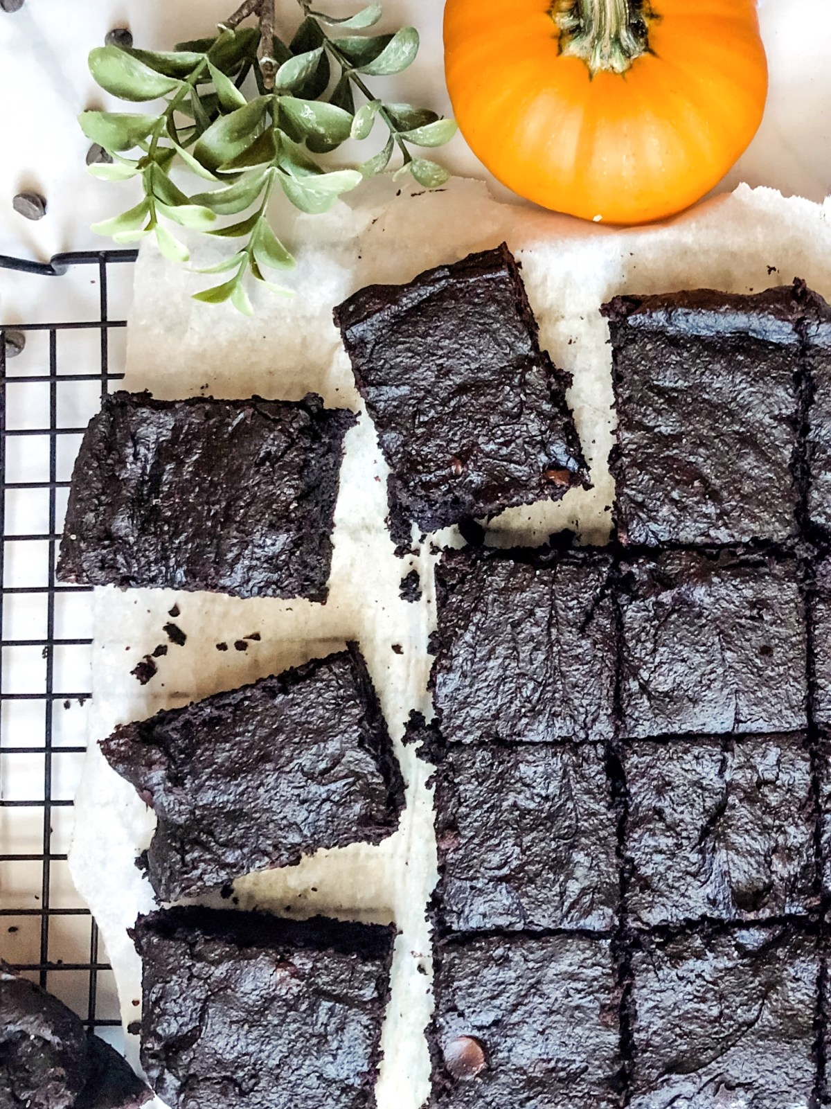 Paleo Pumpkin Spice Brownies