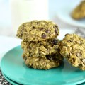 The perfect start to a busy day to give you the energy you need. Gluten Free Breakfast Cookies are soft yet hearty and packed with good things like oats, walnuts, flax and chocolate. | nourishedtheblog.com | Gluten Free Breakfast Cookies
