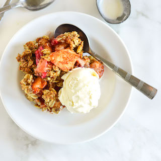 Healthy Apple Berry Crumble