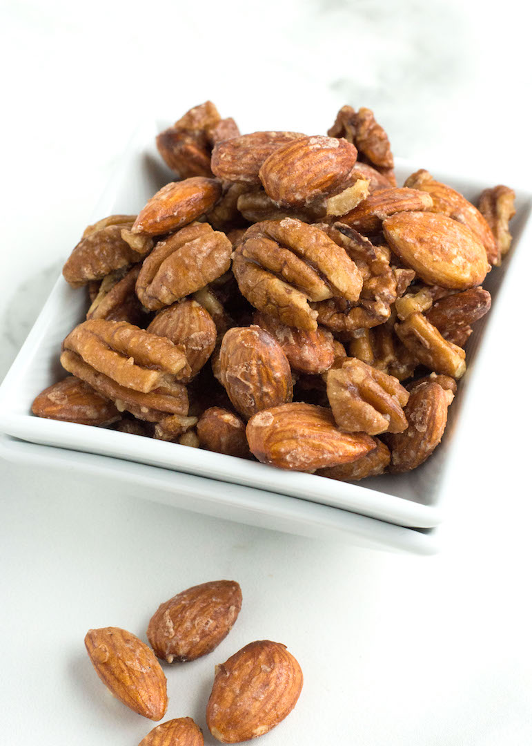 An easy and quick maple candied pecans and almonds | Candied Nuts | recipe | gluten free and vegan | toasted nuts, maple syrup, vanilla and sea salt | sweet snack or salad topper