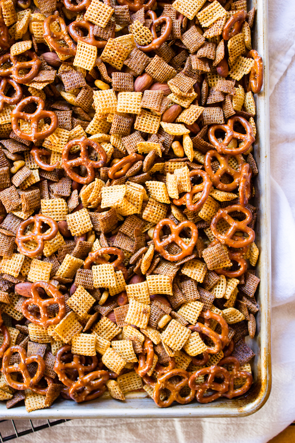 Gilmore Girls Viewing Party: Brown Butter Maple Chiptole Snack Mix